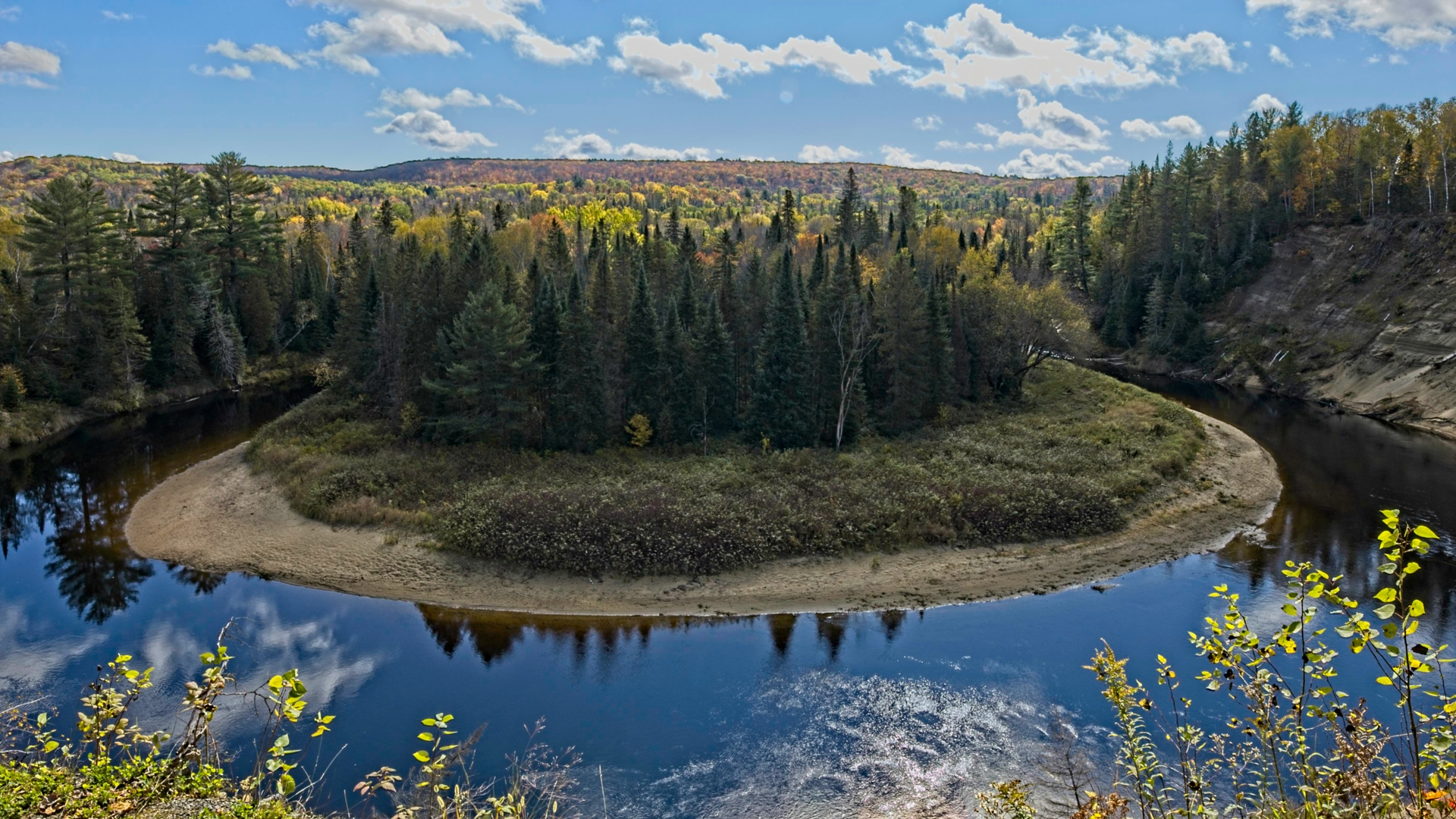 A fall trip to and around Algonquin Park.